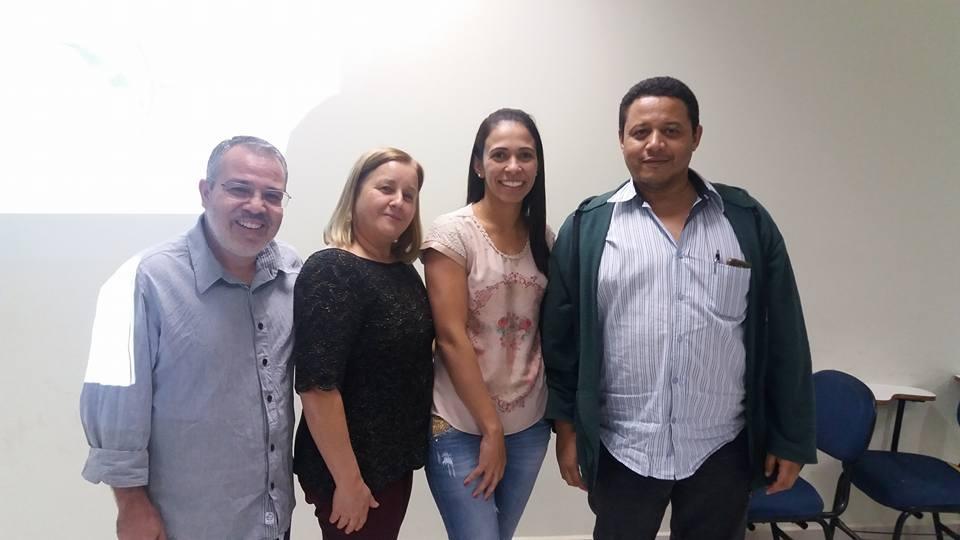 Mestranda: Gislaine Silvério Neto Barreto / Orientador: Prof. Dr. José Divino dos Santos / Banca Examinadora: Profa. Dra. Cleide Sandra Tavares Araújo e Prof. Dr. Valmir Jacinto da Silva