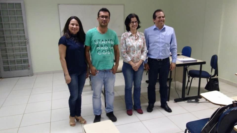 Mestrando Glauber Oliveira Rocha / Orientadora: Profa. Dra. Juliana Simião Ferreira / Banca Examinadora: Prof. Dr. Ruberley Rodrigues de Souza (IFG) e Profa. Dra. Hélida Ferreira da Cunha (UEG/PPEC)